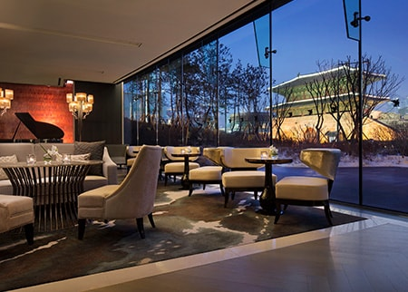 JW Marriott Dongdaemun Square Seoul lounge with view of Dongdaemun Gate