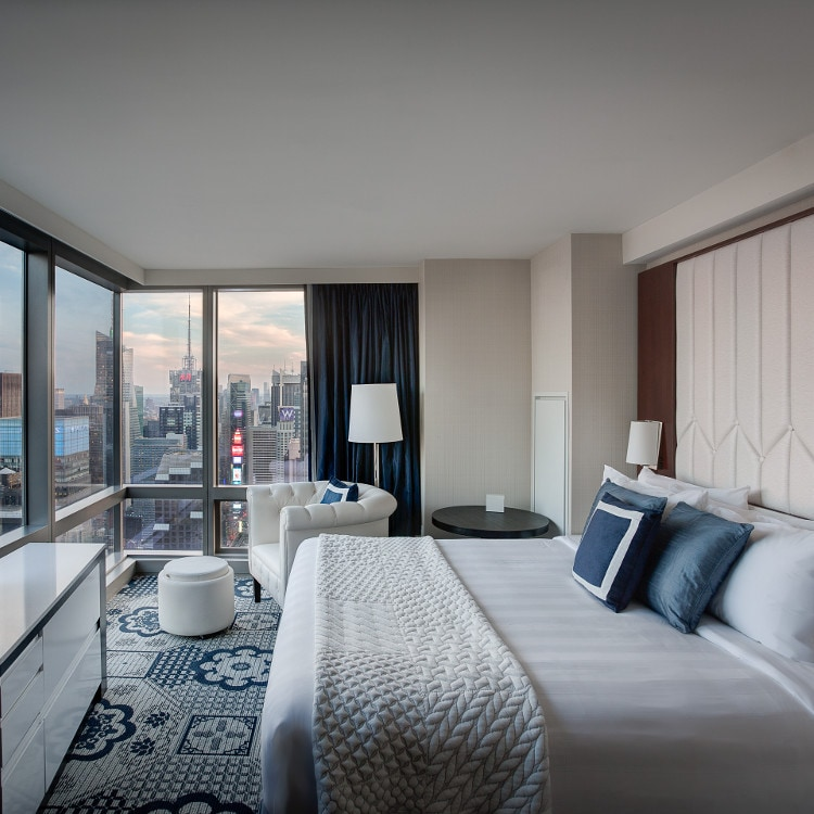 Guest room overlooking Manhattan skyline