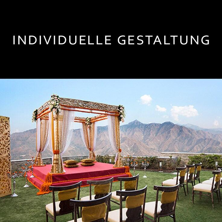 Eleganter indischer Hochzeitsalter vor Gebirgskette/Link zum JW Marriott® Mussoorie Walnut Grove