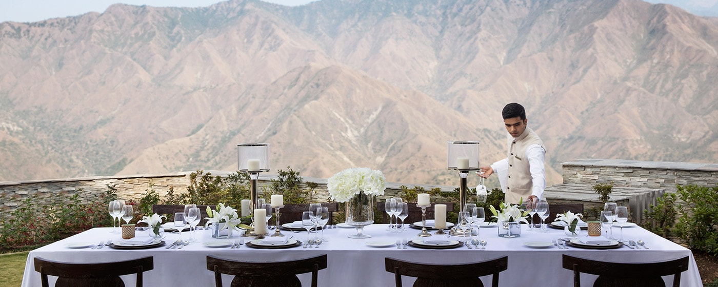image of outdoor dining linked to JW Marriott Mussoorie Walnut Grove Resort & Spa