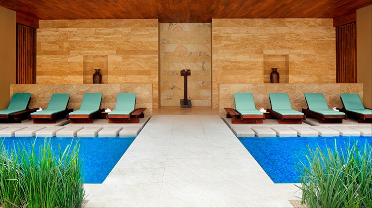 Imagem de piscina | link para o JW Marriott Los Cabos Beach Resort & Spa