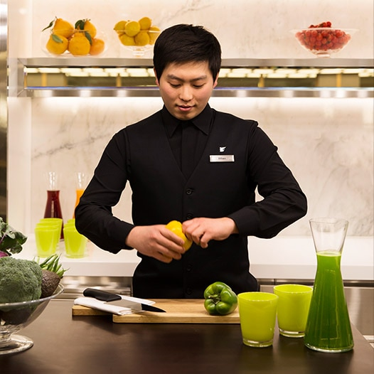 image of man making juice link to JW Marriott Dongdaemun Square Seoul spa page