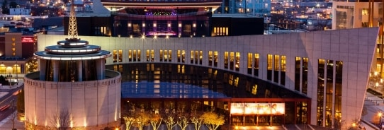 Country Music Hall of Fame Pkg: Includes Admission for 2 Adults