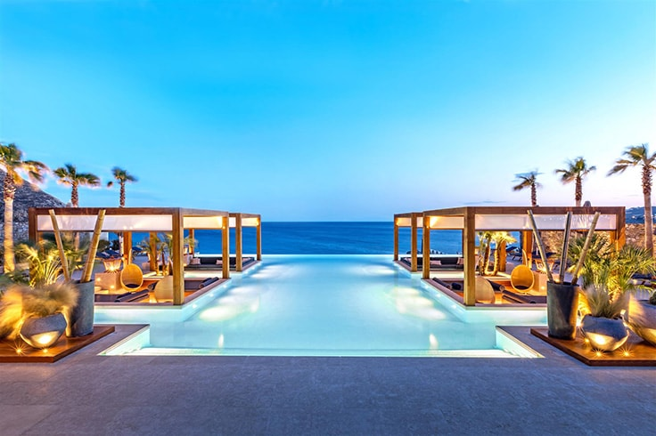 Santa Marina, a Luxury Collection Resort, Mykonos. Oasis Pool lounge