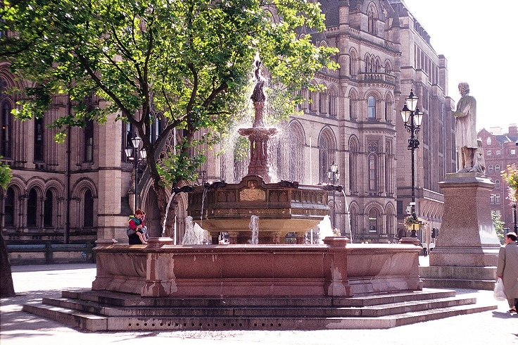 Jubilee Fountain in Albert Square, Manchester | Link to Manchester offer