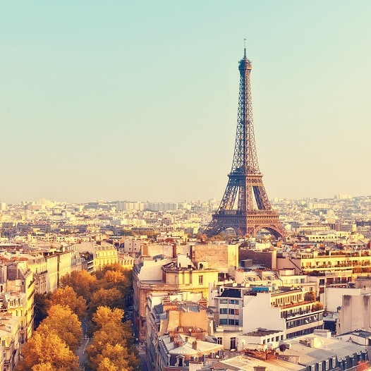 Paris skyline with the Eiffel Tower | Link to Paris offer