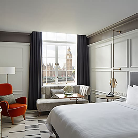 Contemporary king guest room with views of Big Ben