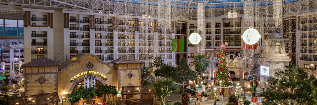 Christmas Vacation Packages | Gaylord Hotels Christmas Packages