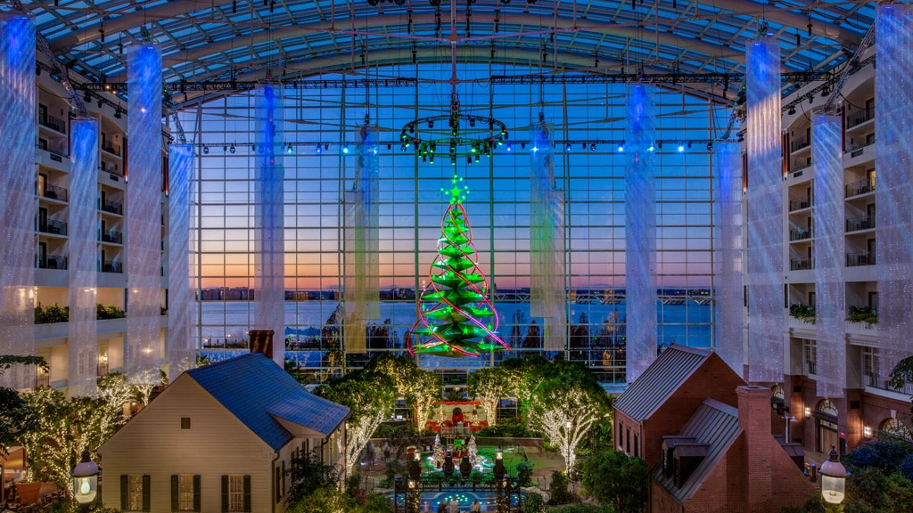 Gaylord National Atrium with decoracted Christmas Tree