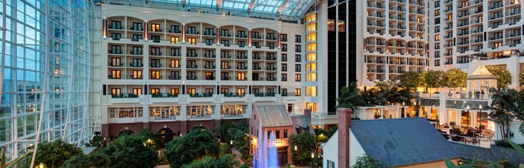View of atrium overlooking Potomac River at Gaylord National