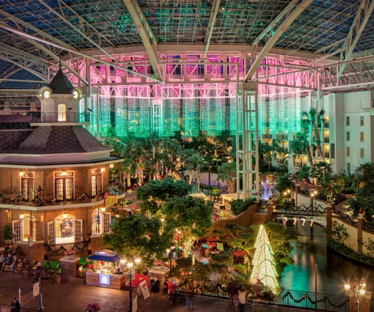 Delta Atrium Christmas light and decorations at Gaylord Opryland