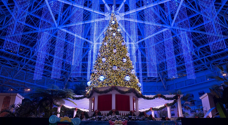 Atrium Christmas Tree decorated for Christmas at Gaylord Palms