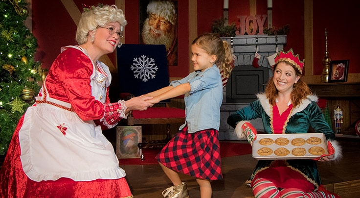Christmas Traditions and Story Time with Mrs. Claus at Gaylord Palms