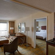 Hotels in Copley Square with suites