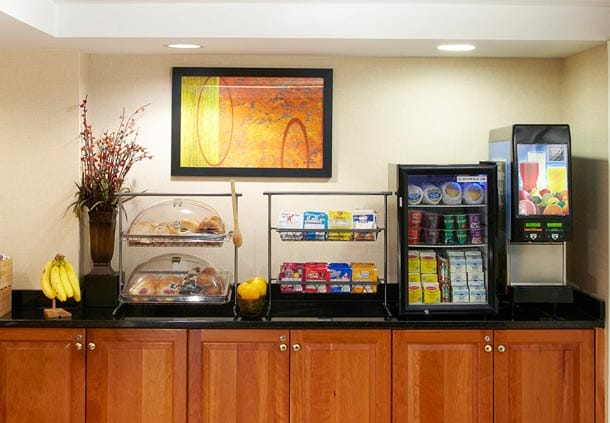 Fairfield Inn Corning Riverside Breakfast Area