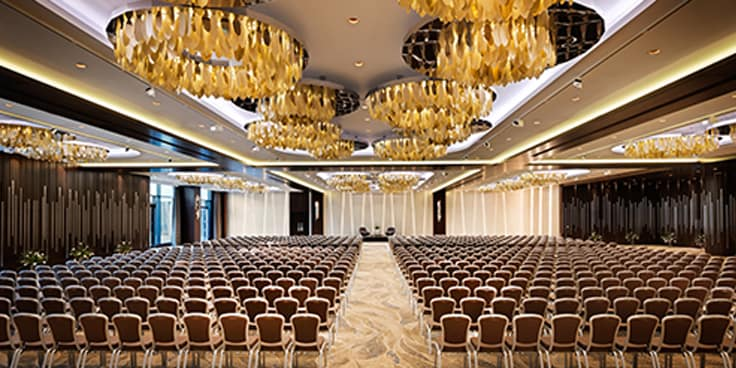 Large meeting room at Boulevard Hotel Baku Autograph Collection