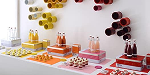Food and beverage display