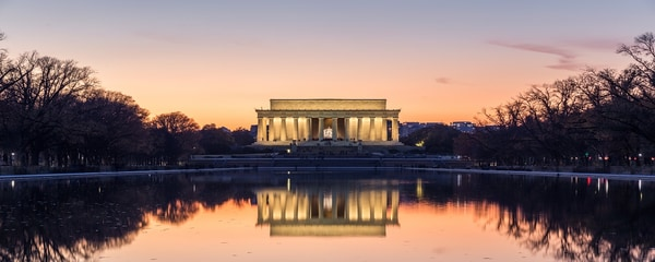 Lincoln Memorial overlooking reflecting pond