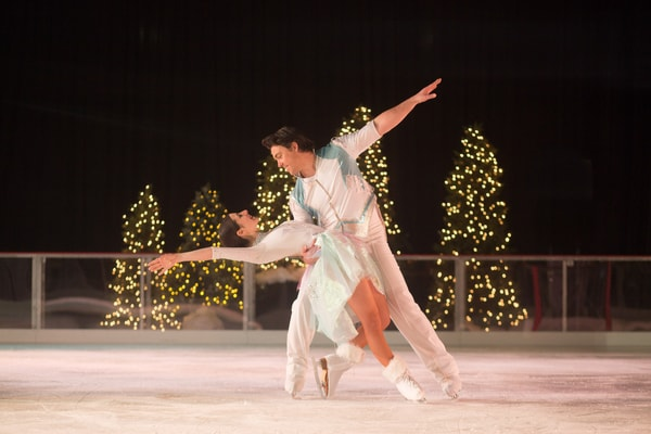 Couple dancing in ice