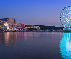 Exterior of Gaylord National and Capital Wheel on Potomac River