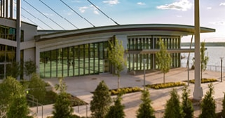 View overlooking Potomac River at RiverView Ballroom and Gaylord National exterior