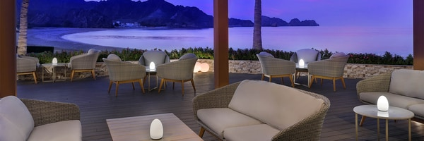 Outdoor seating looking over beach