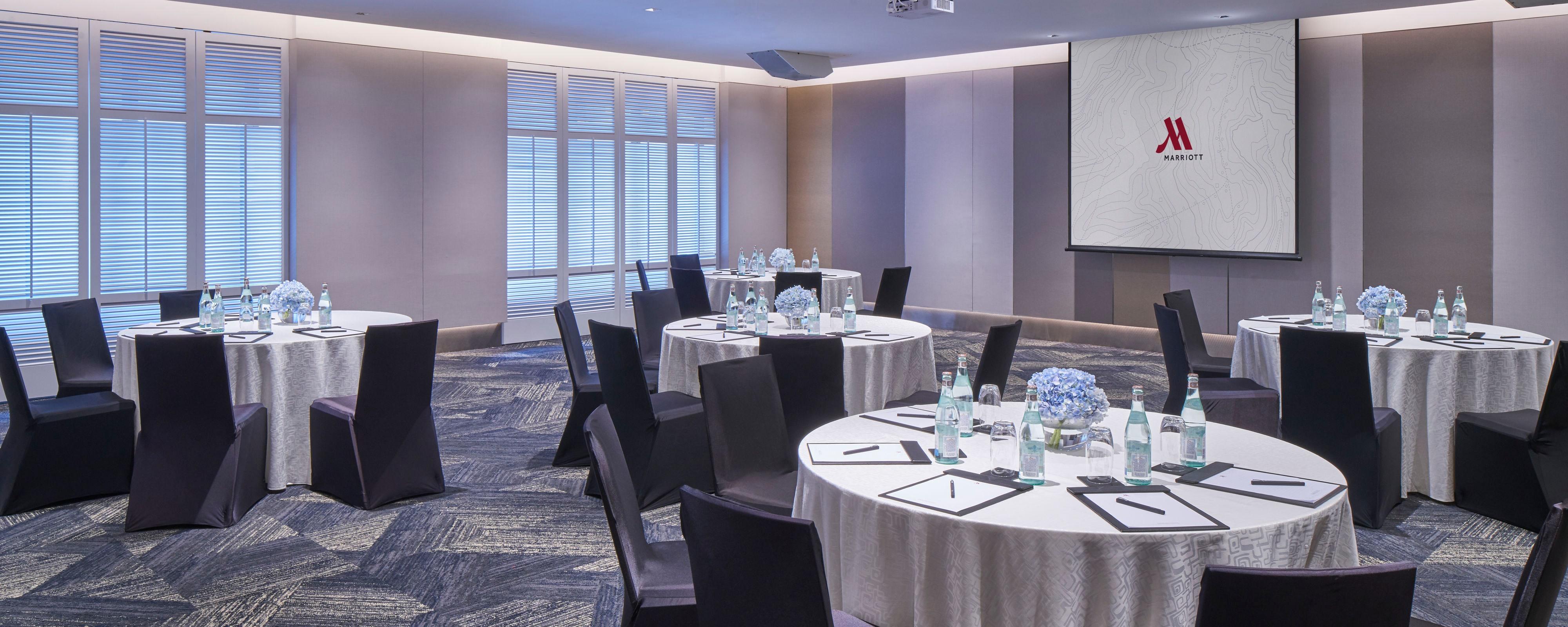 Triple Treats Singapore Marriott Tang Plaza Hotel