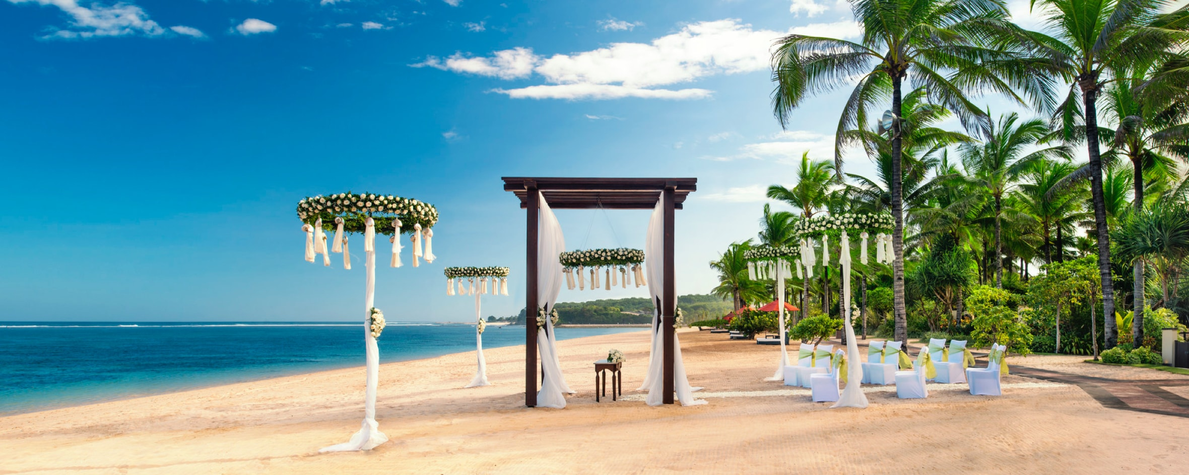 Preparations for a wedding on the beach