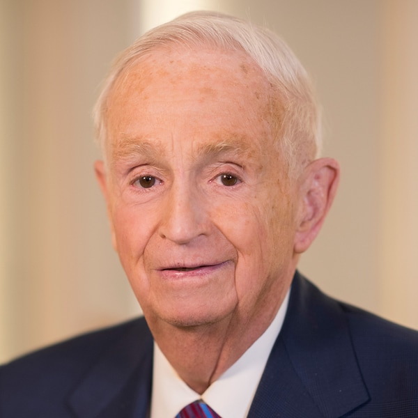 Headshot, Bill Marriott