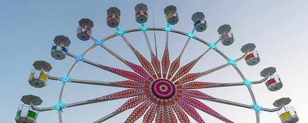 A Ferris wheel at a amusement park in Virginia Beach.