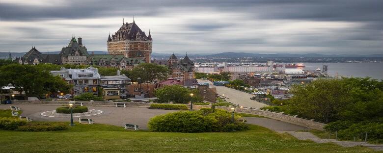 Quebec, la ciudad  amurallada, con su hermoso estilo francés y amplias calles para pasear.