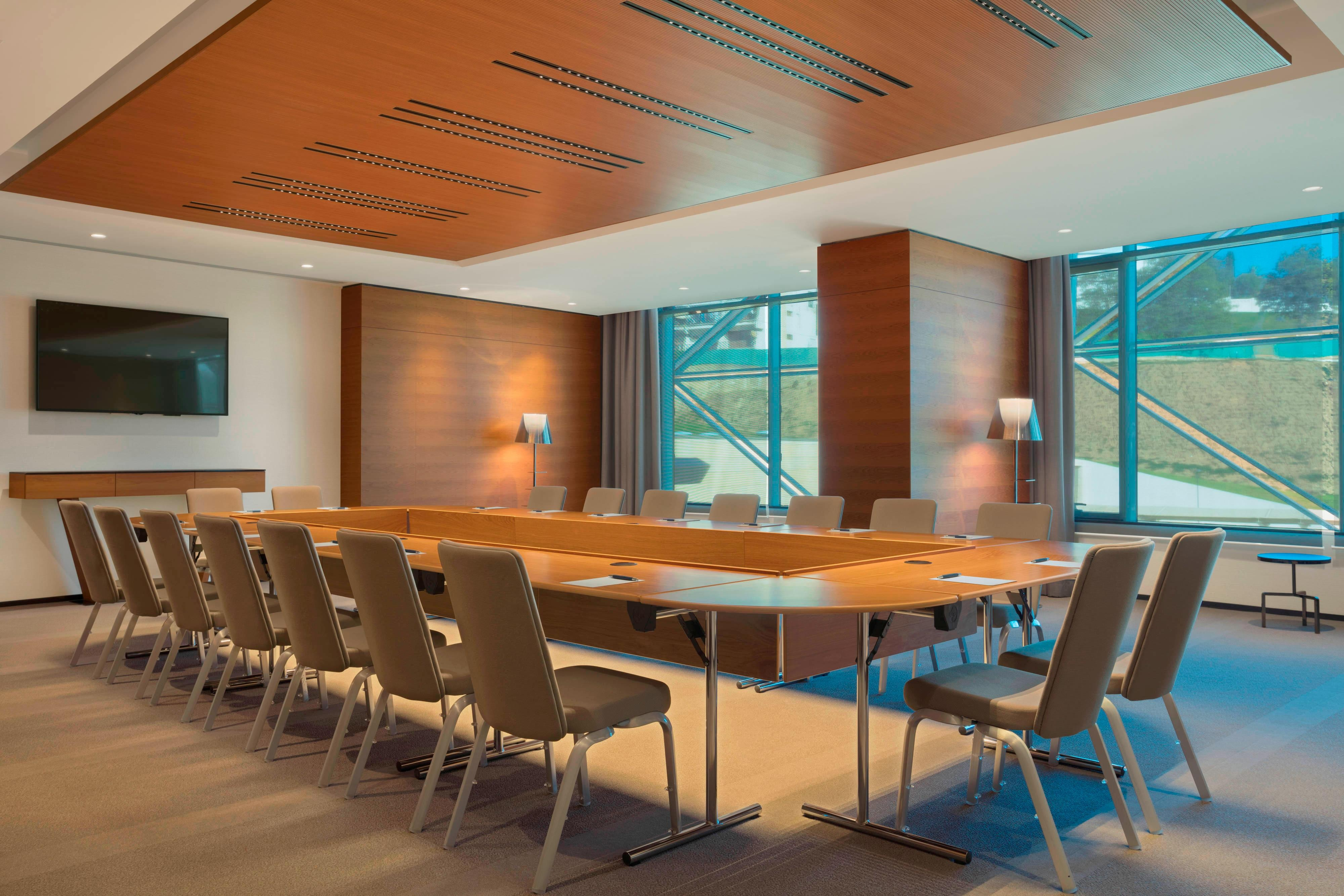 Meeting Room Argent