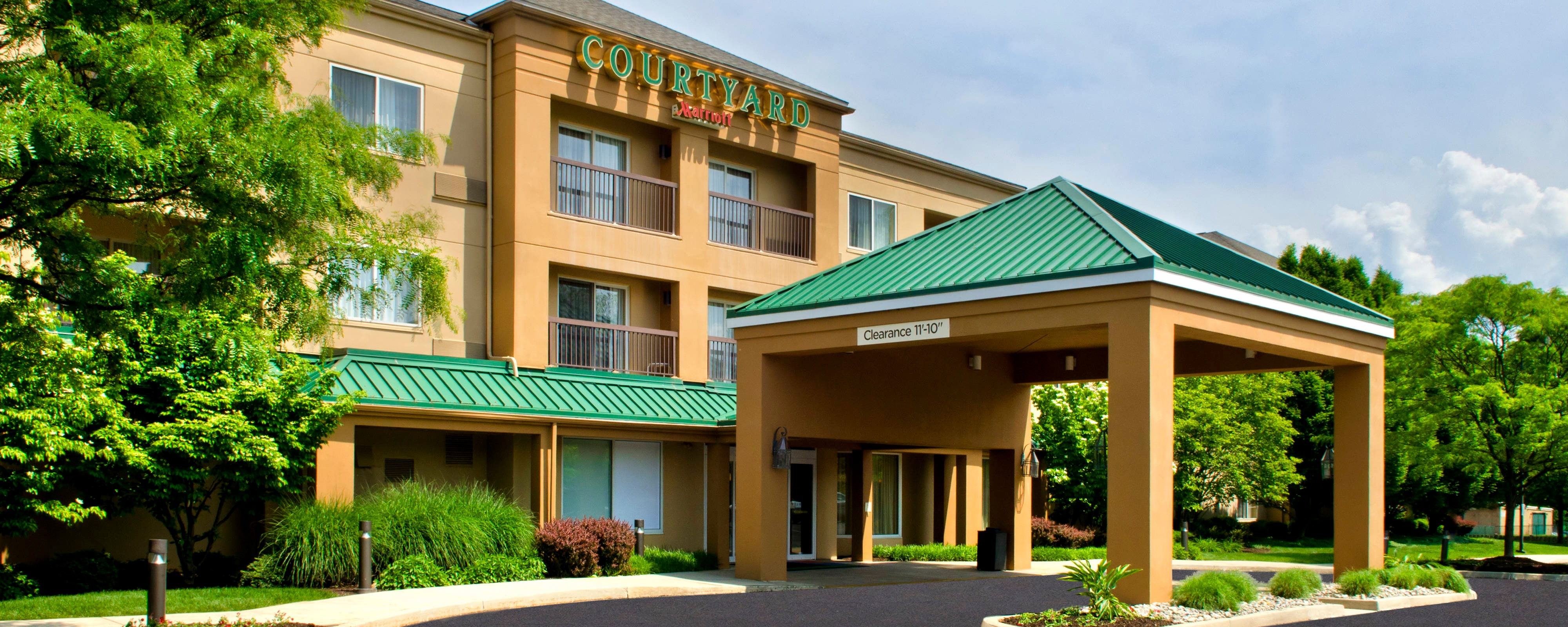 Hotels Near Lehigh Valley Airport