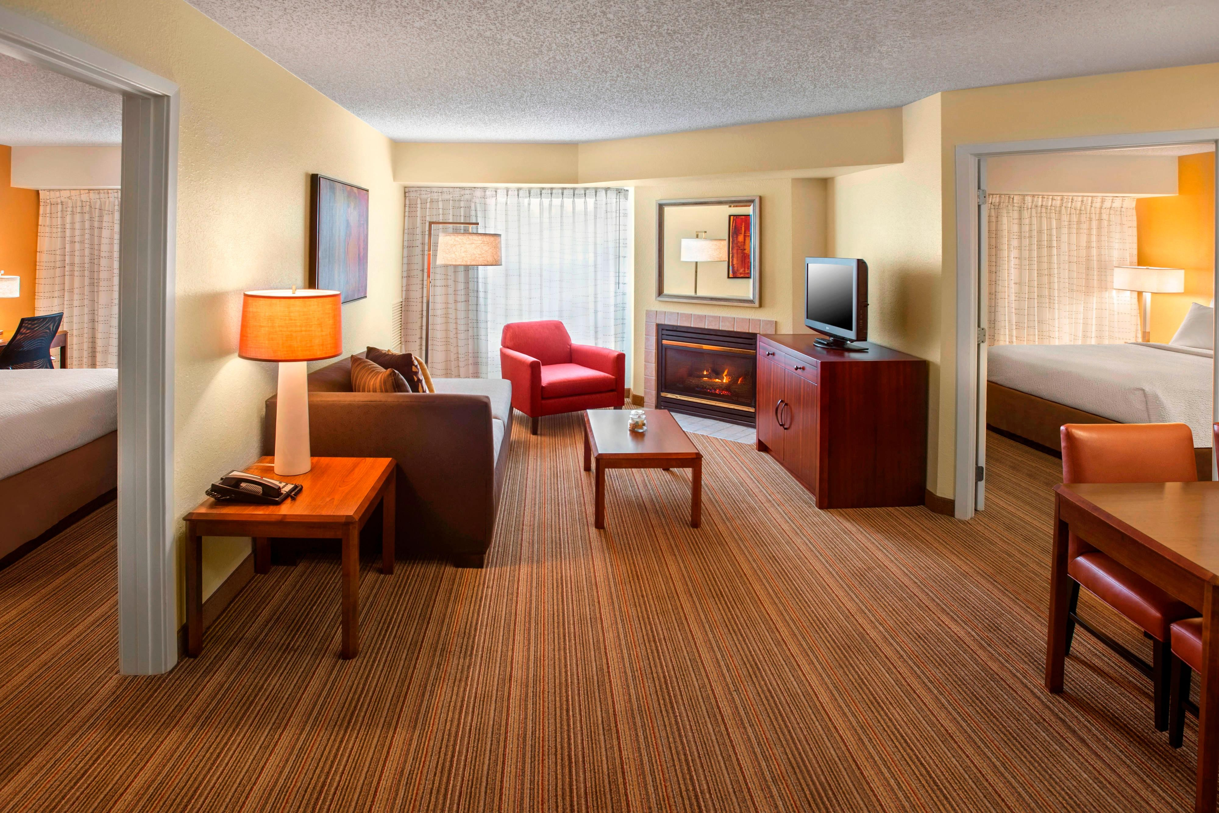 hotels guest suites suite orleans rooms hotel towneplace in wassf at bedroom springfield new hor va clsc
