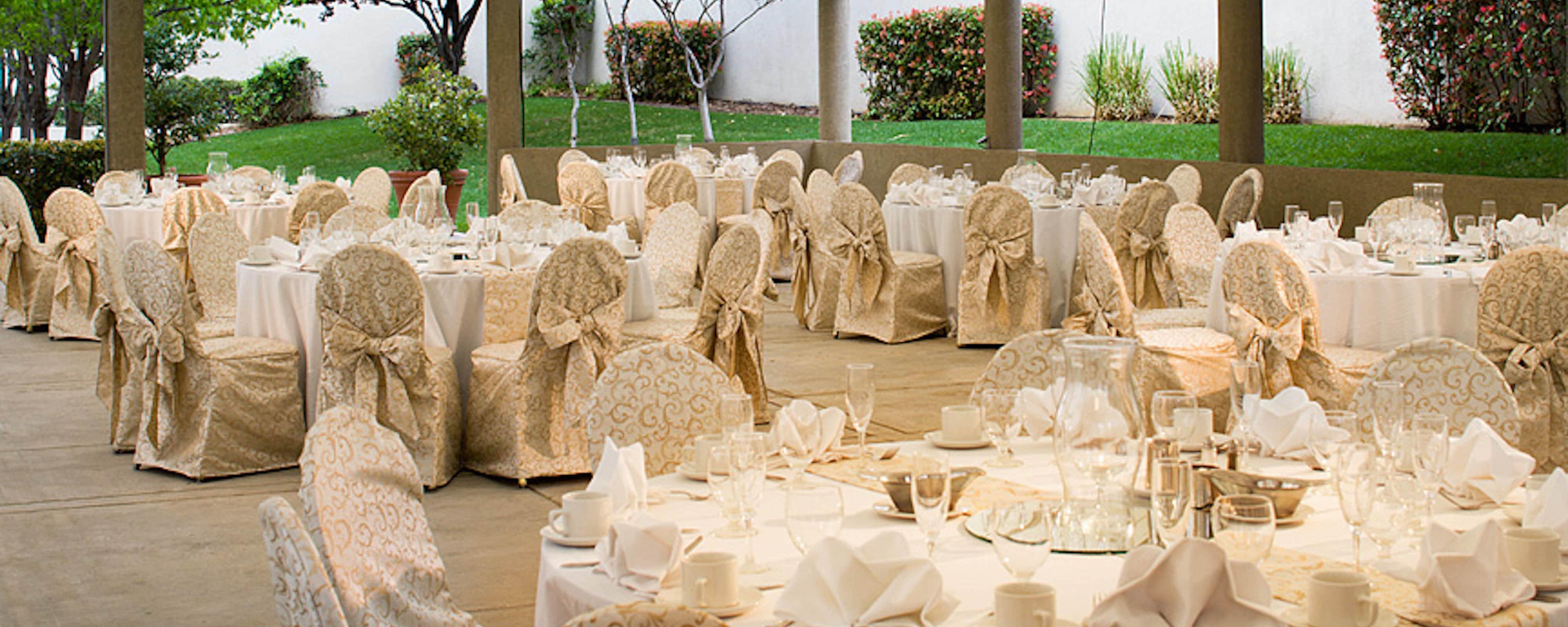 Outdoor Albuquerque Wedding Venues And Reception Halls Marriott