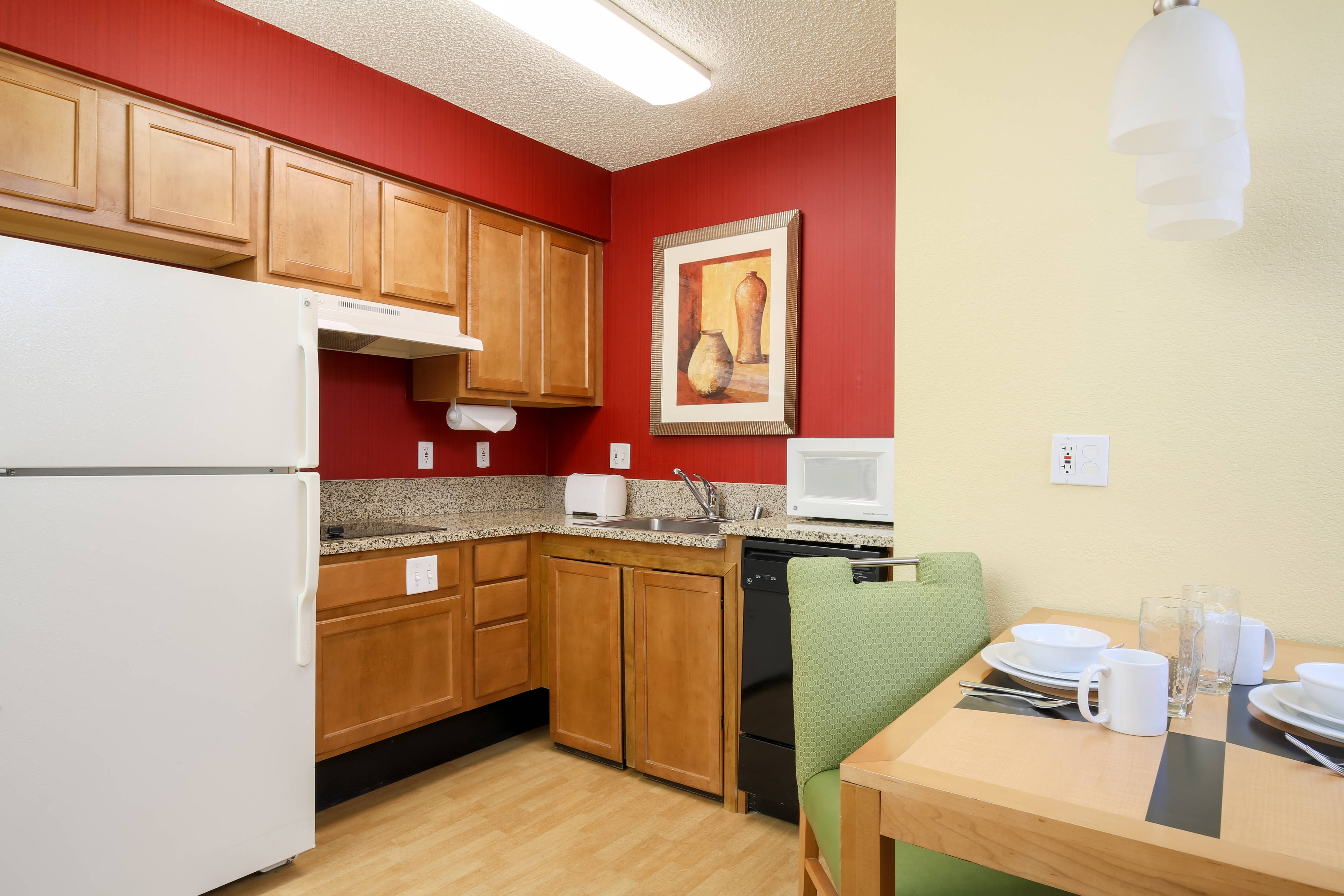 Albuquerque Hotel Accessible Suite Kitchen
