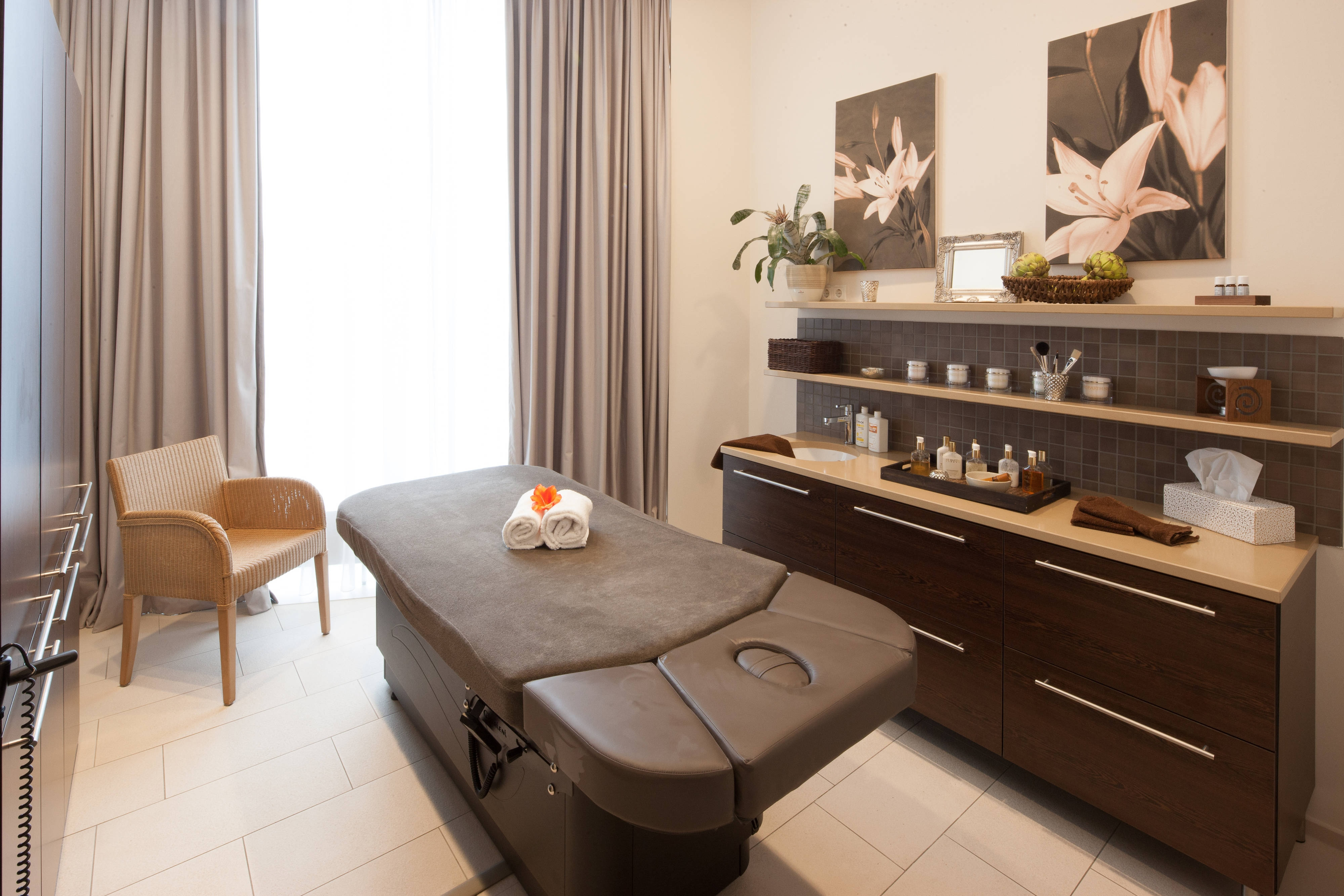Spa Area Treatment Room