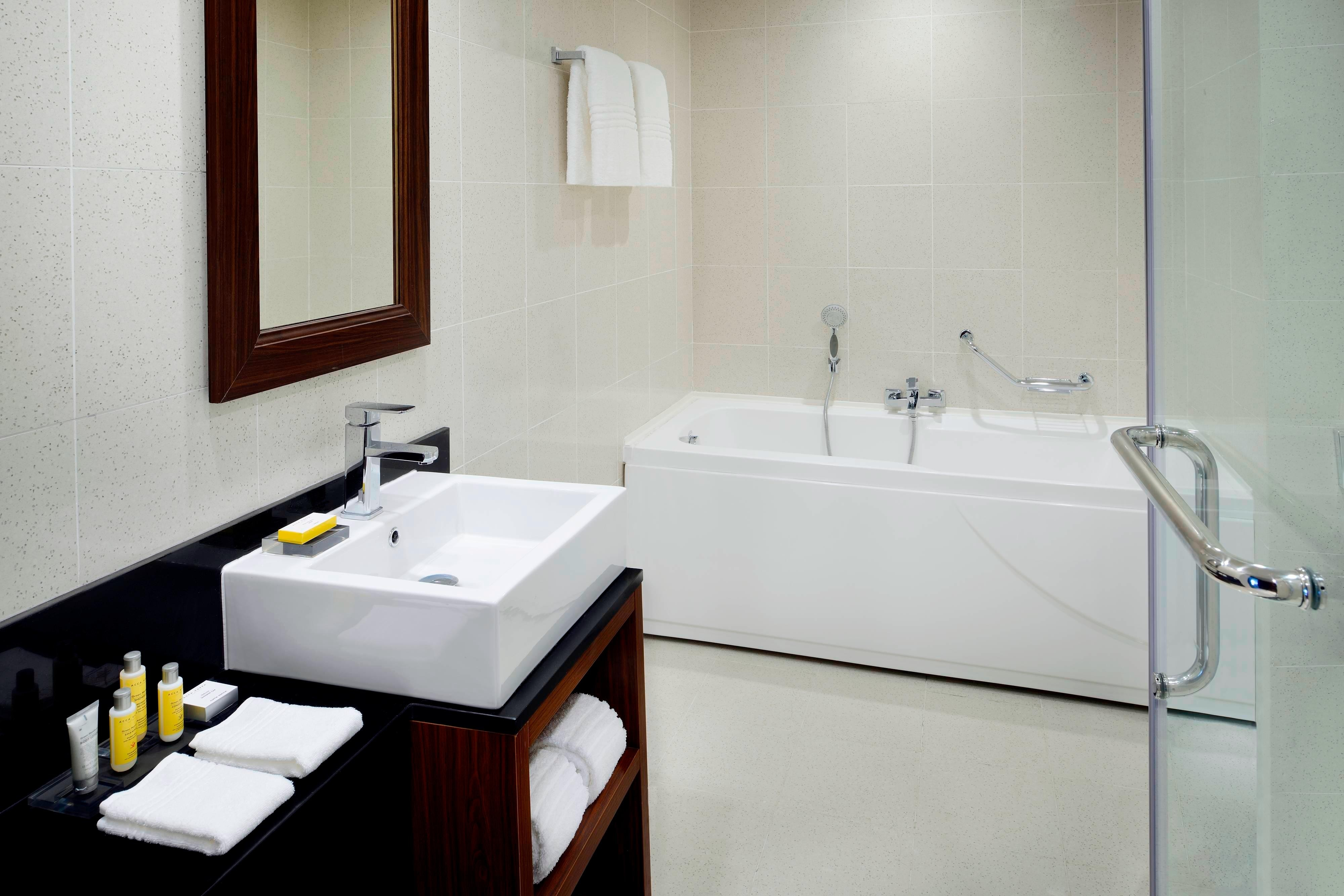 Addis Ababa Marriott Executive Apartments Bath
