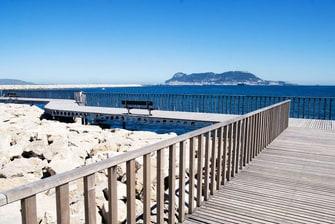 Hoteles cercanos al Puerto Deportivo