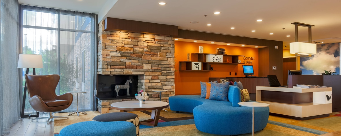 hotels in alexandria near la airport fairfield inn. Black Bedroom Furniture Sets. Home Design Ideas