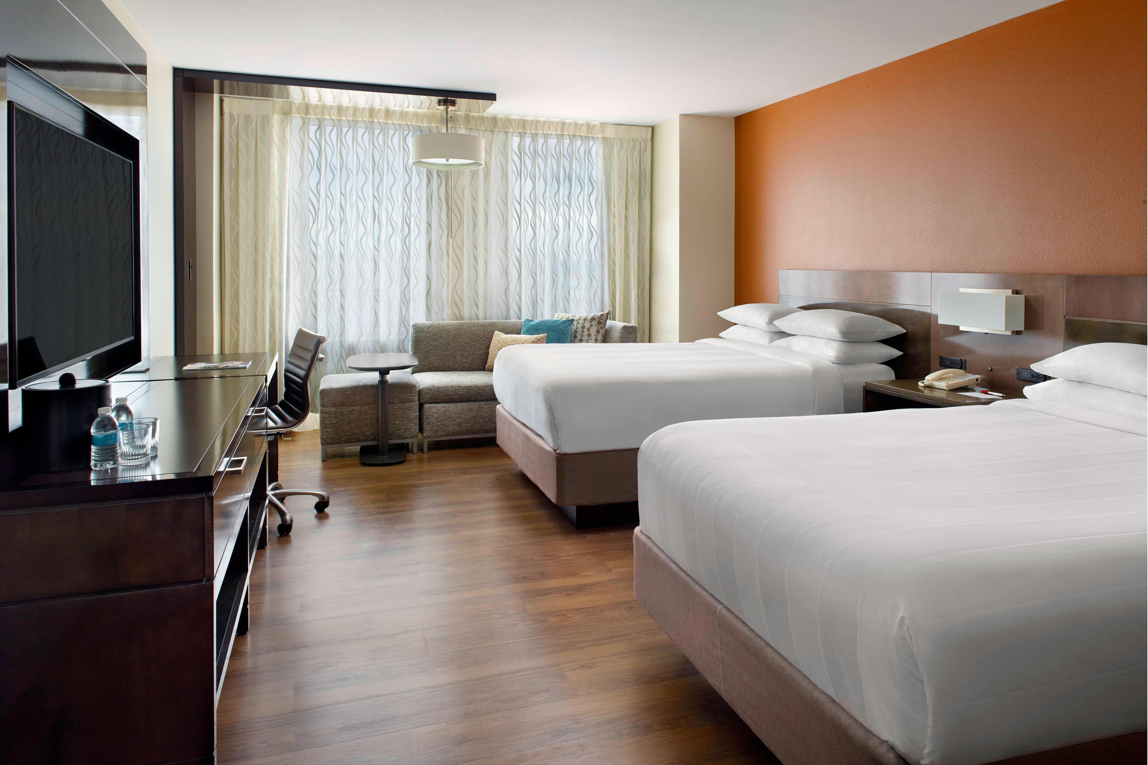 Double/Double Guest Room - Main Tower