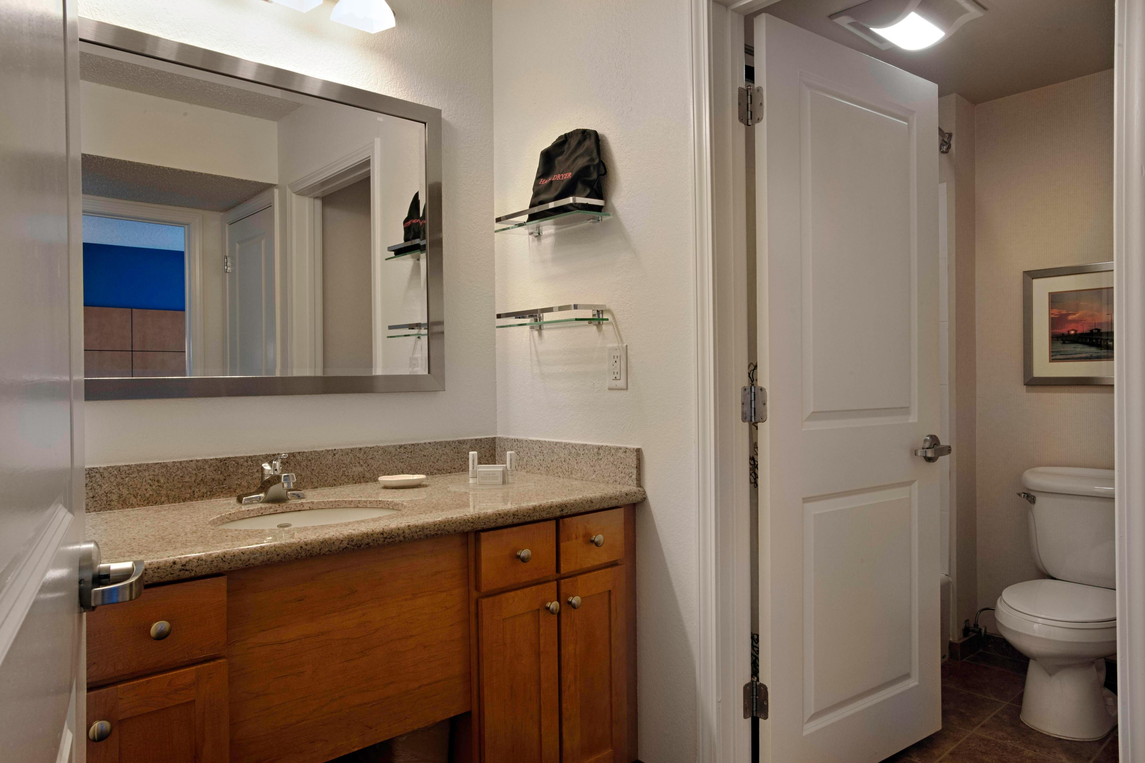 Atlantic City New Jersey Hotel One-Bedroom Suite Bathroom