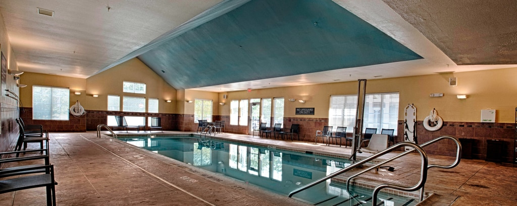 Egg Harbor New Jersey Hotel Pool