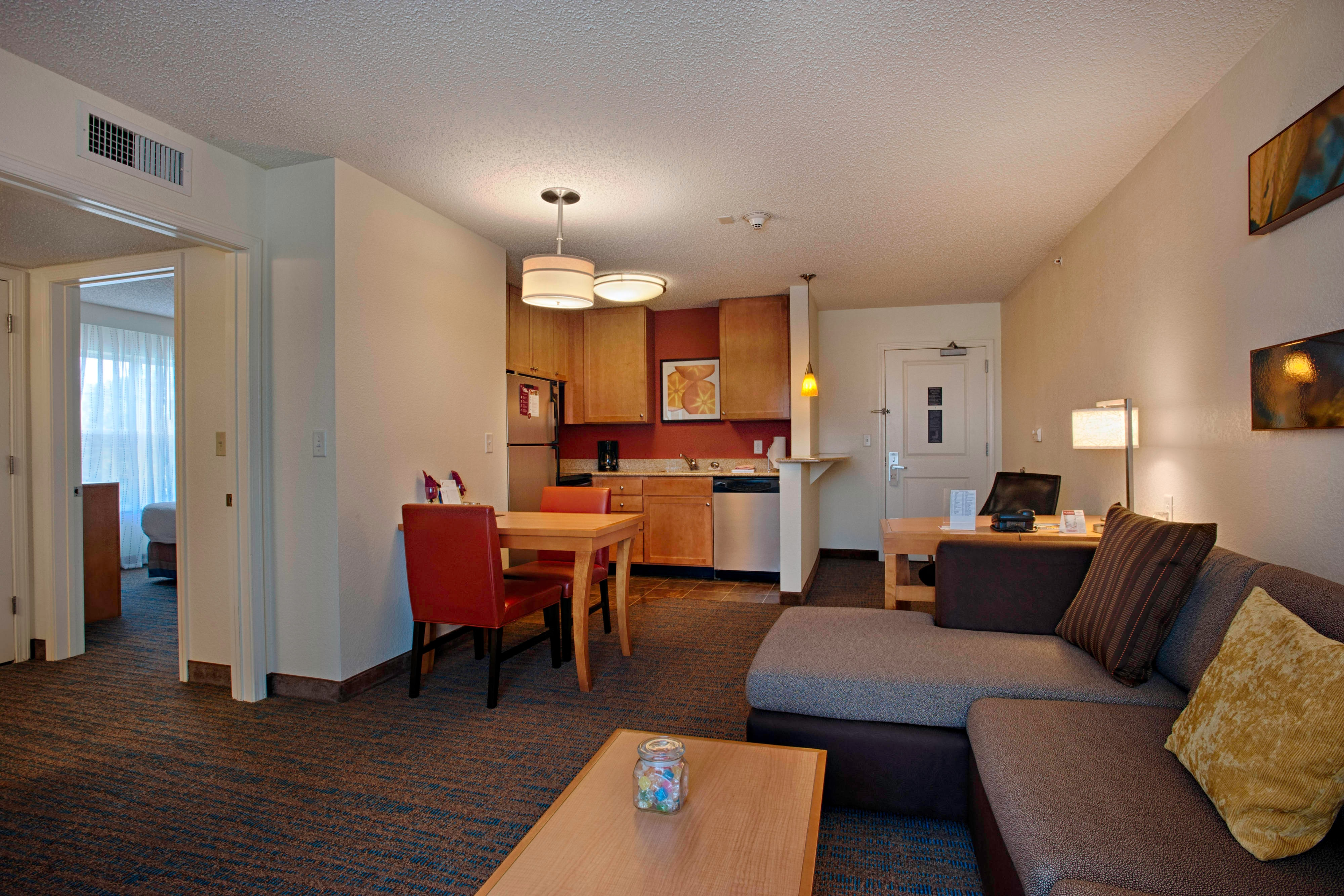 Egg Harbor New Jersey Hotel One-Bedroom Suite