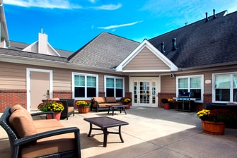 Albany East Greenbush Outdoor Courtyard