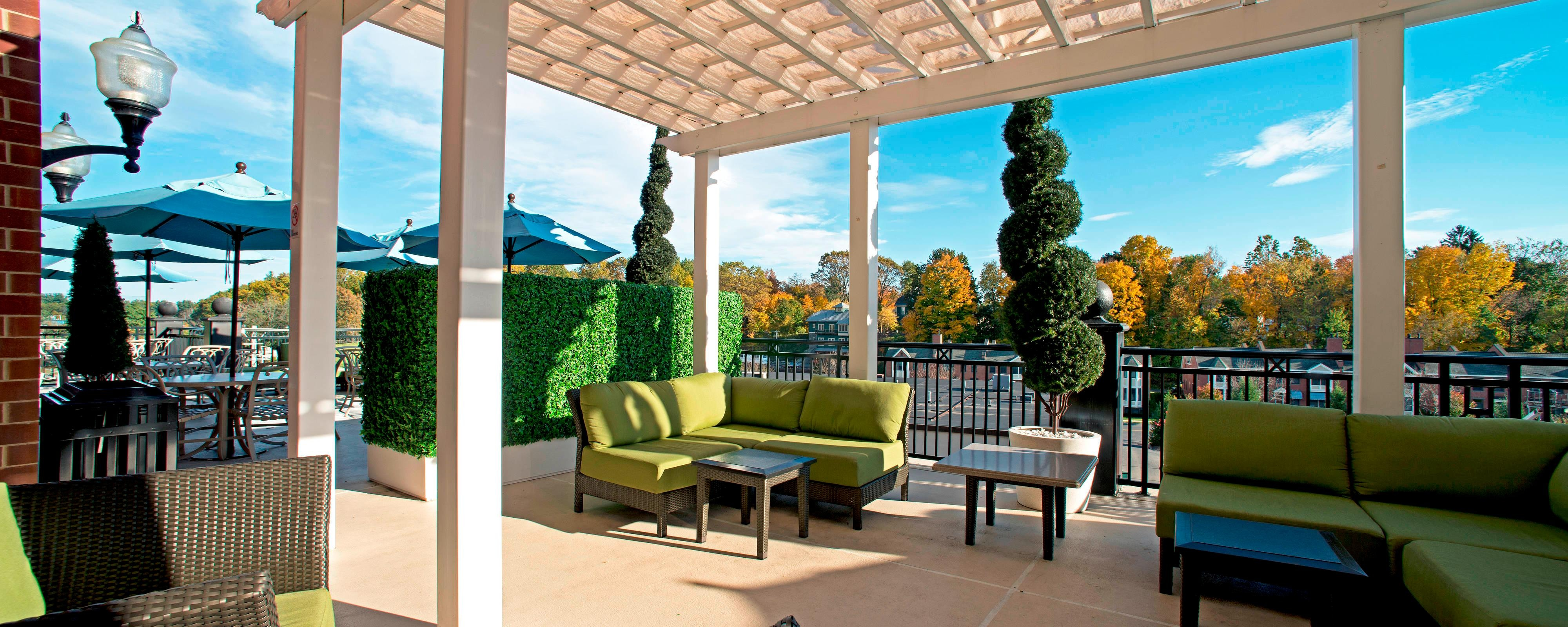 Saratoga Springs NY hotel outdoor terrace