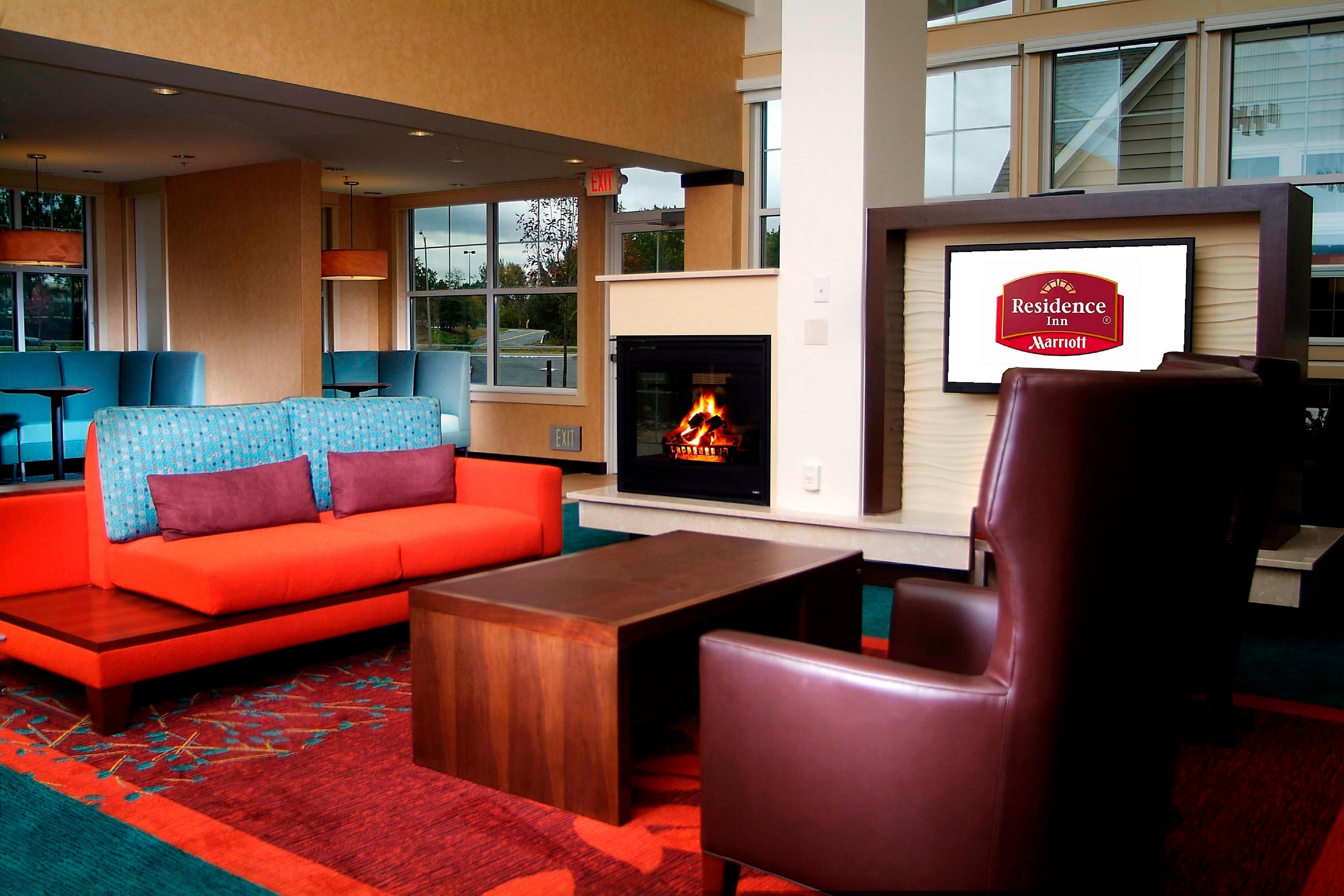 Residence Inn Albany Lobby