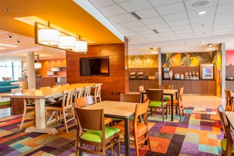 Fairfield Inn & Suites Breakfast Room