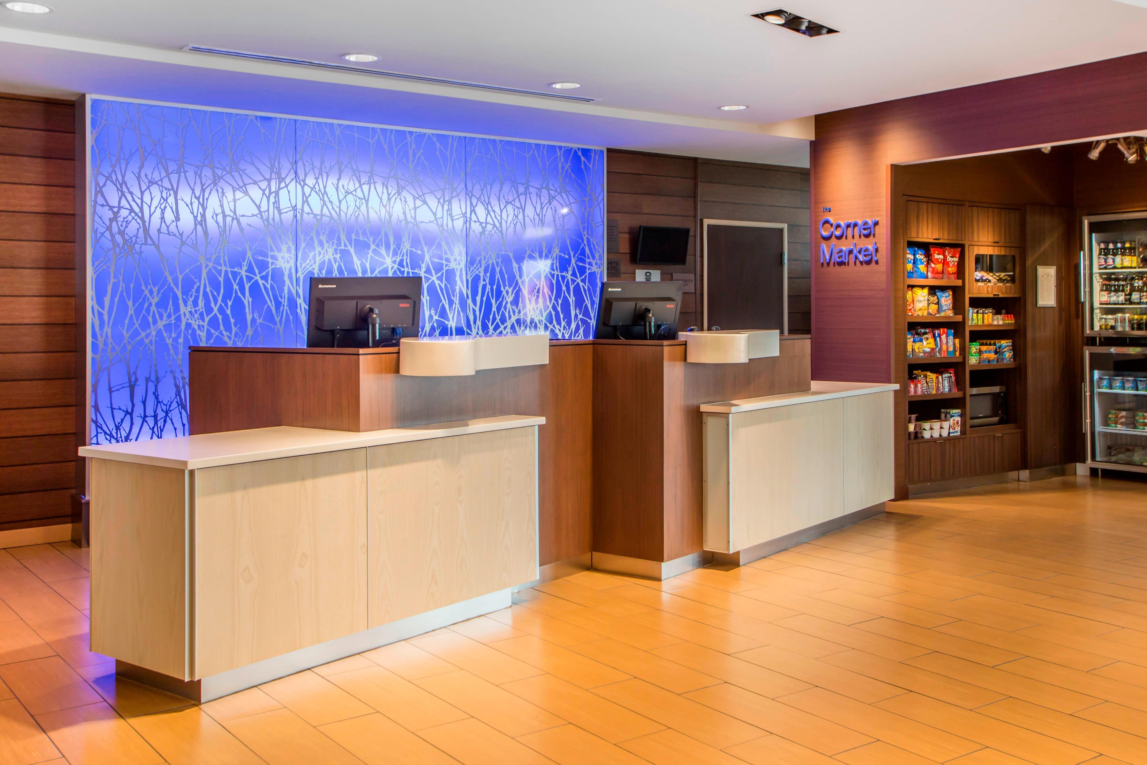 Fairifeld Inn & Suites Front Desk