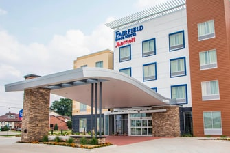 Fairfield Inn & Suites Entrance